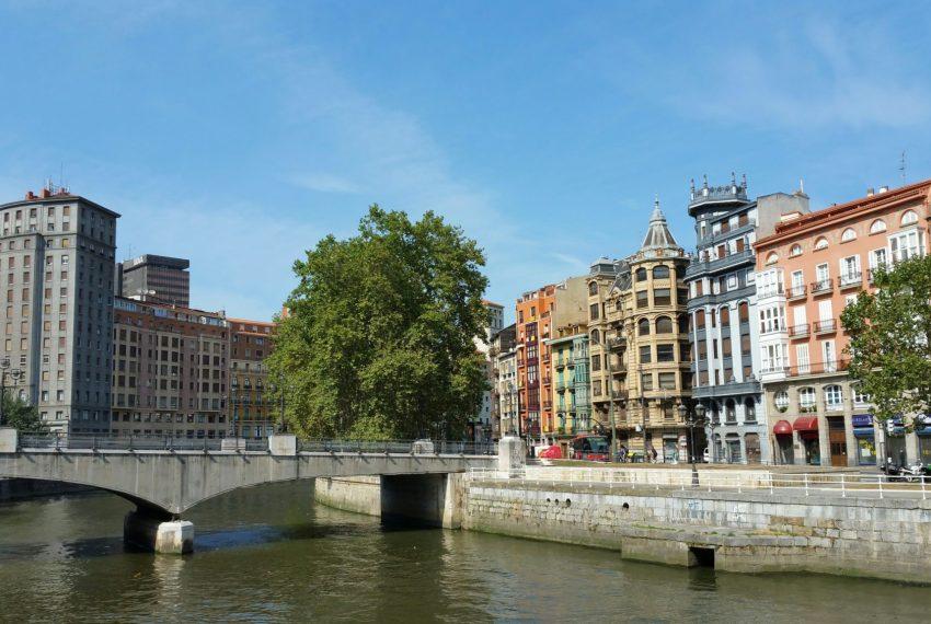 Inmobiliaria Casco Viejo Bilbao - ¿La vuelta al cole... o a la hecatombe?