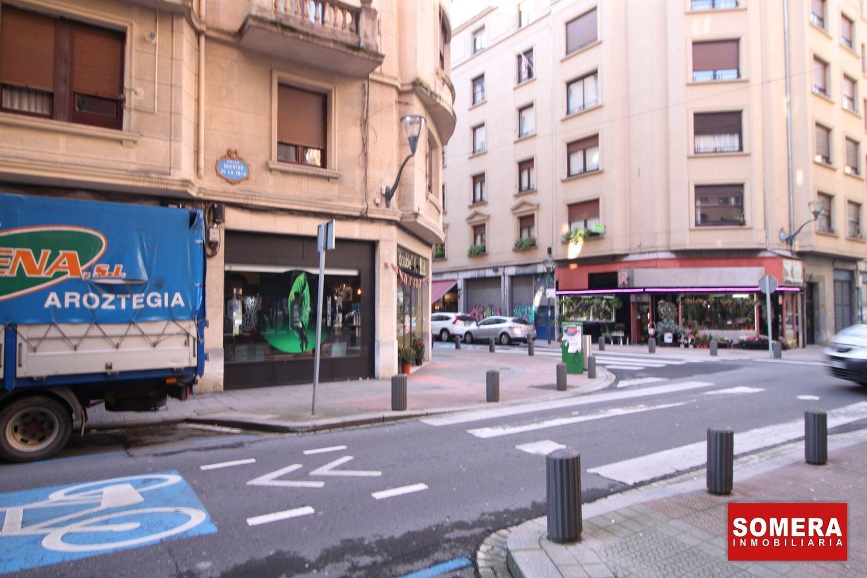 Local en venta en Calle Huertas de la Villa, Uribarri, Bilbao
