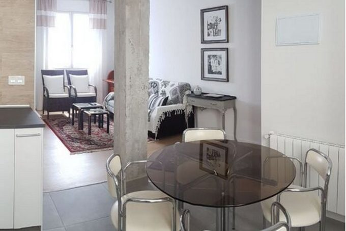 Inmobiliaria Casco Viejo Bilbao - Piso en alquiler en  Ramón y Cajal Etorbidea, Deusto, Bilbao